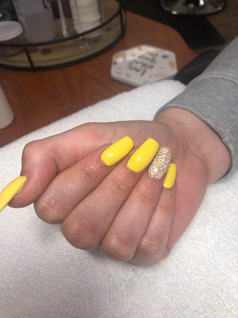 acrylic nails CDA